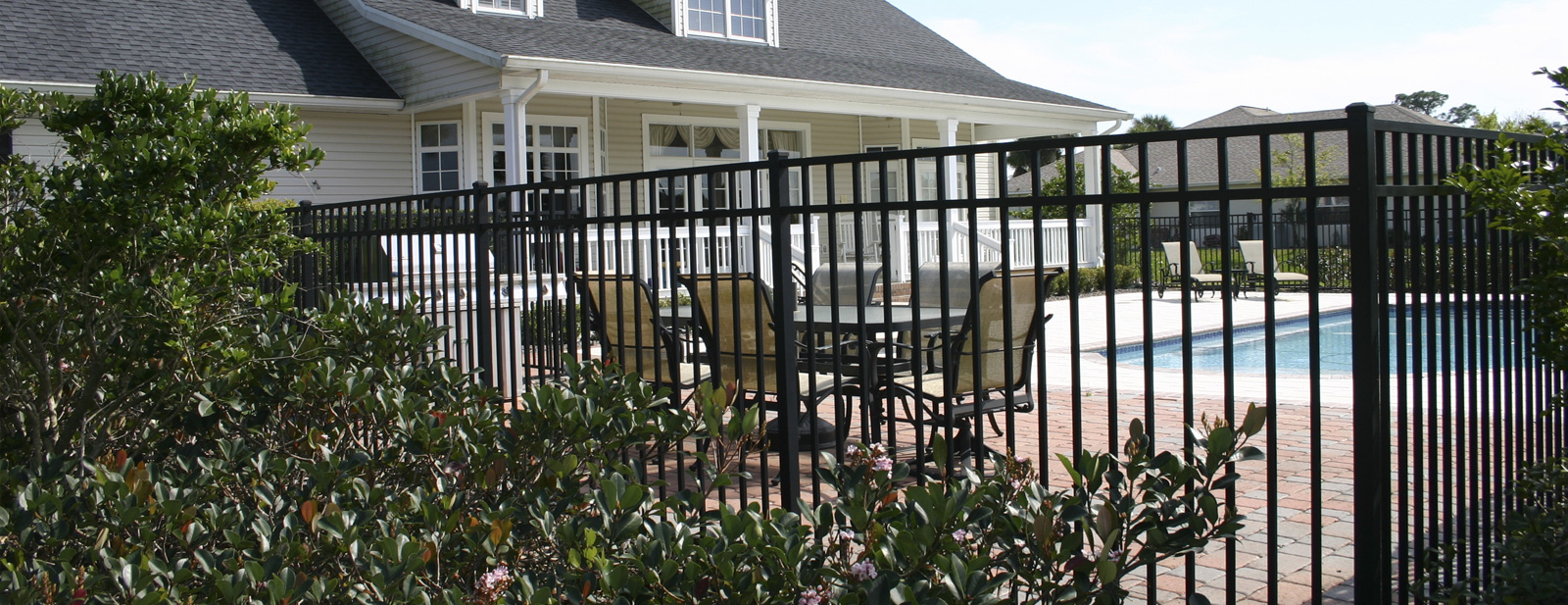 Globe Fence Amp Railings Inc The Leading Residential